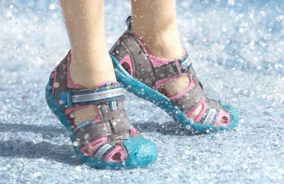 The Best Aqua Sandals
